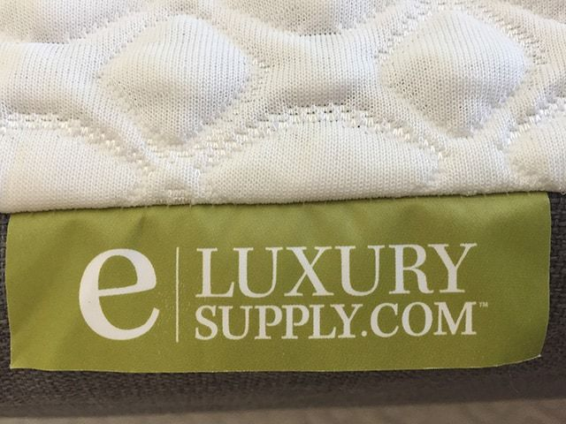 EluxurySupply 10 Inch Memory Foam Mattress