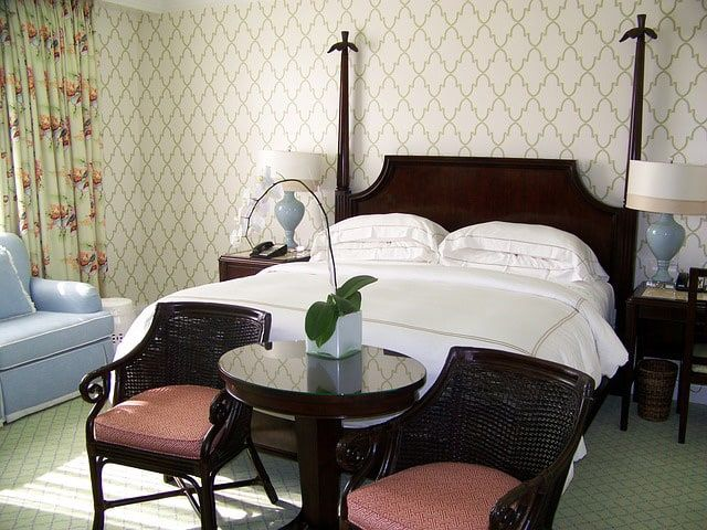 Whether Youu0027re Old Fashioned Or Just Love The Older Style Furniture, This  Is A Cute Look For Any Bedroom. The Two Seats At The End Of The Bed With  The Table ...