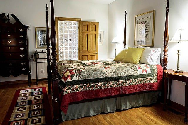 33 bedroom rug ideas - area rugs and decorating ideas | the sleep judge Rug in Bedroom
