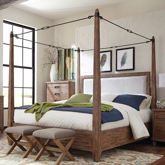7. A Unique Combination : canopy-bed-studio-apartment - designwebi.com