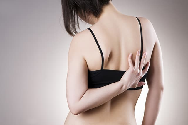 bd06a33f ... visibly noticeable, the effects are normally quite low with having  Scoliosis. However, there are cases of physical and mental symptoms of the  disorder.
