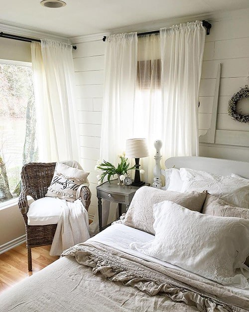 35 Spectacular Neutral Bedroom Schemes For Relaxation: 35 Spectacular Bedroom Curtain Ideas