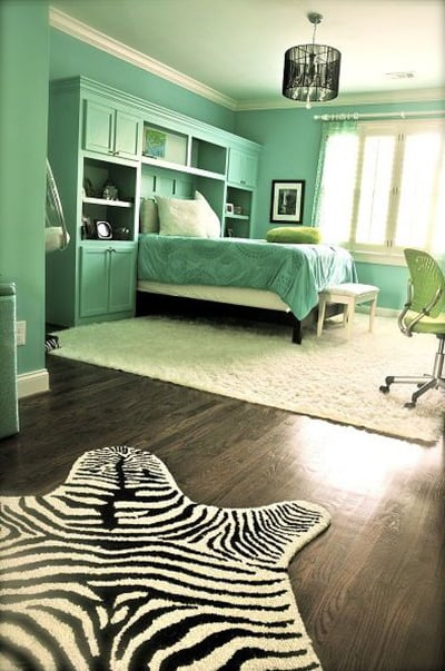 48 Of The Most Spectacular Green Bedroom Ideas The Sleep Judge Classy Green And Black Bedroom