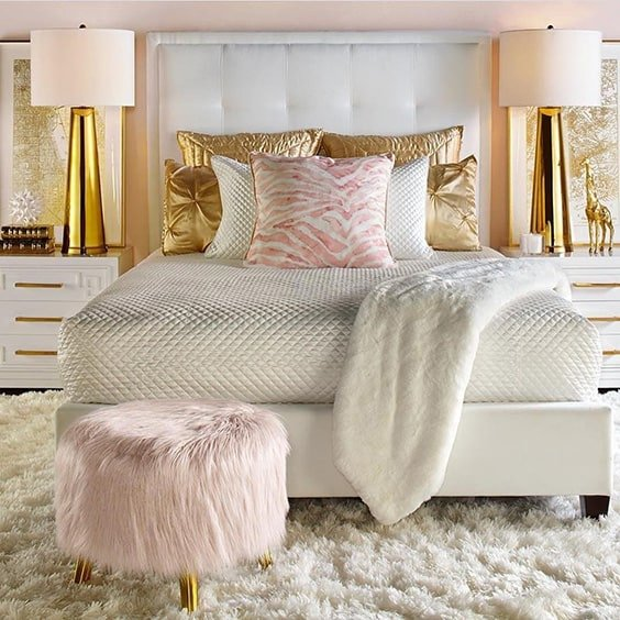 Amazing And Inspirational Glamour Bedroom Ideas - Posh bedroom designs