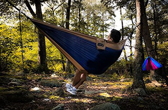 Single Hammock & Hammock vs Tent Camping: Which One Is Best For You?
