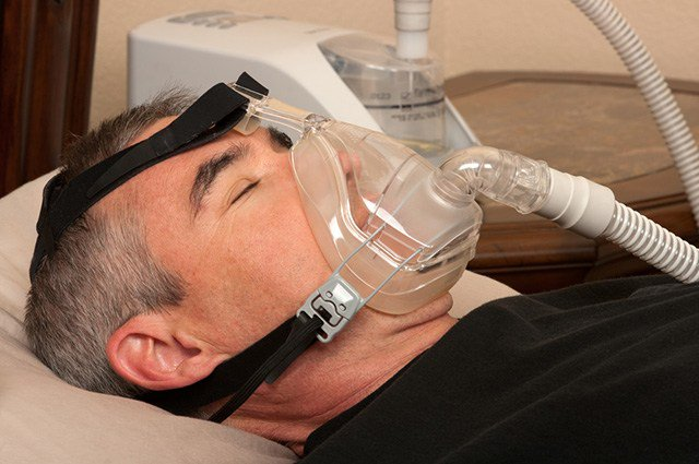 If you have considered the use of a CPAP machine, or are new to the use of one, this article explores CPAP machine side effects and dangerous worth noting.
