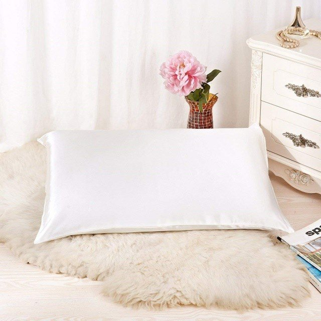 The Best Pillowcases For Skin The Sleep Judge