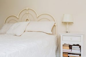 A Mix of the #26 Best Vintage and Modern Romantic Bedroom ...